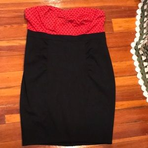 Red and black strapless dress